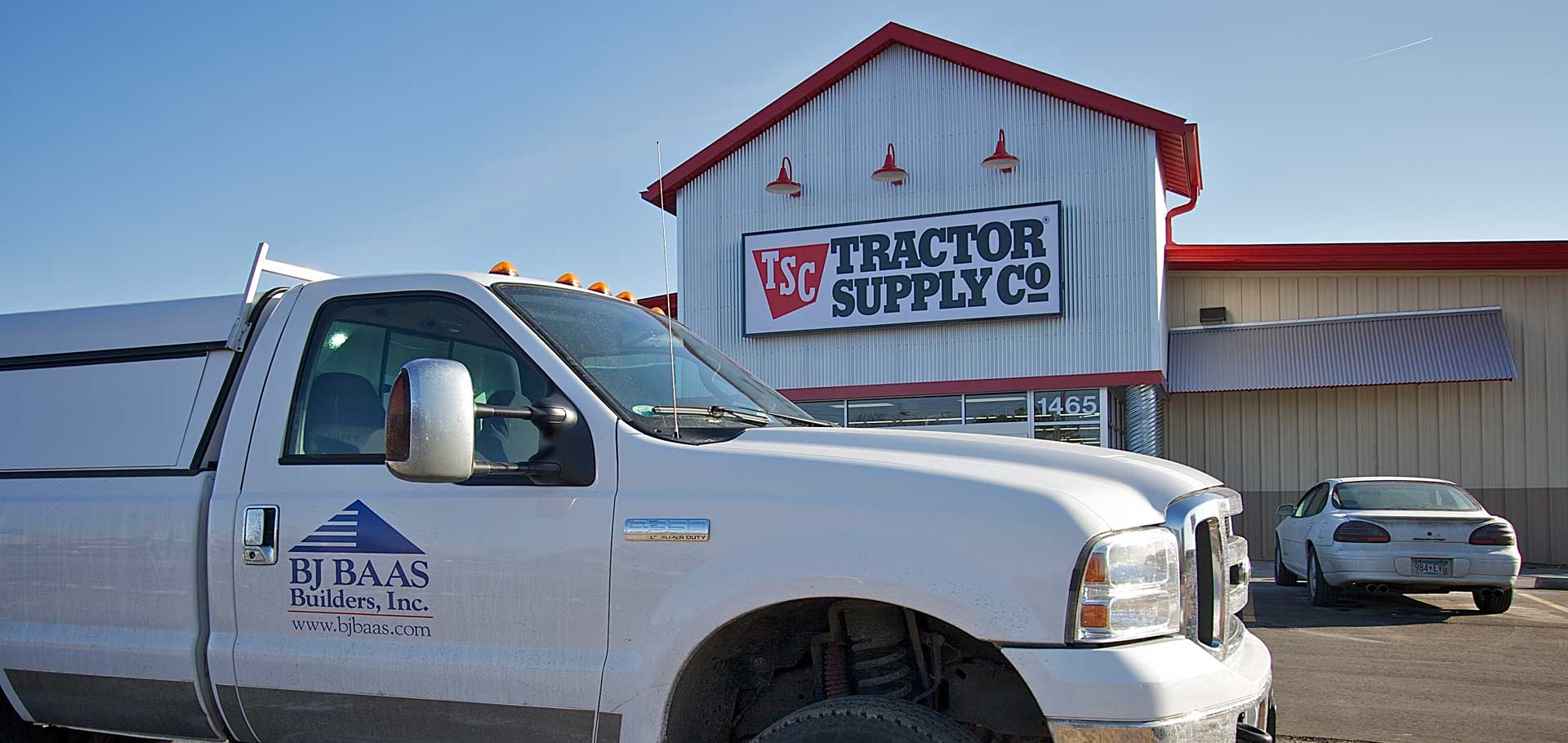 Tractor-Supply-with-truck