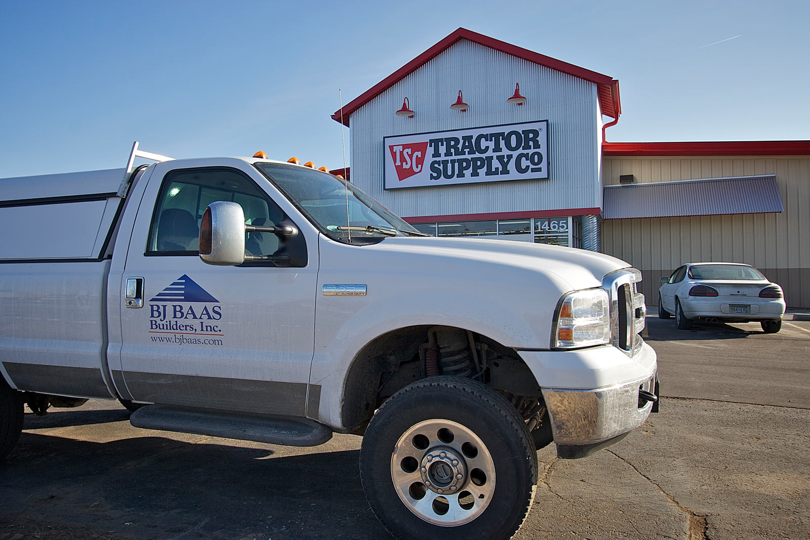 tractor-supply-2